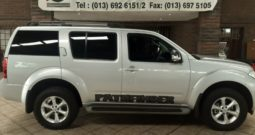 2015 Nissan Pathfinder 2.5 DCI SE A/T 4X4 for sale in Witbank