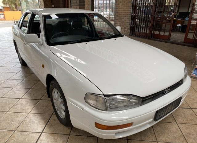 TOYOTA CAMRY 220 Sei FOR SALE IN WITBANK full